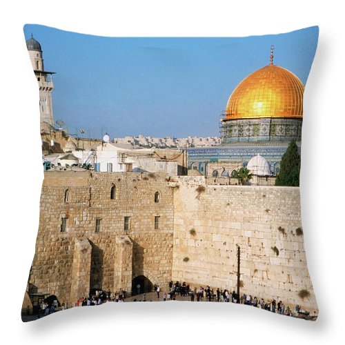 Dome Of The Rock Throw Pillow featuring the photograph Israel, Jerusalem, Western Wall And The by Medioimages/photodisc