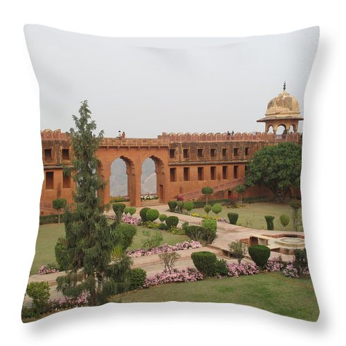 Arch Throw Pillow featuring the photograph Jaigarh Fort, Amer, Jaipur, Rajasthan by Marianna Sulic