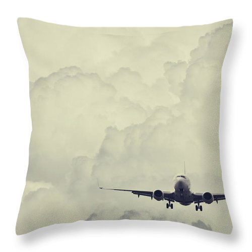 Mid-air Throw Pillow featuring the photograph Landing In Cumulous by Shaunl