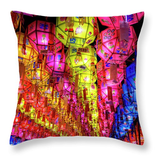 Tranquility Throw Pillow featuring the photograph Lanterns Hanging by Jason Teale Photography Www.jasonteale.com