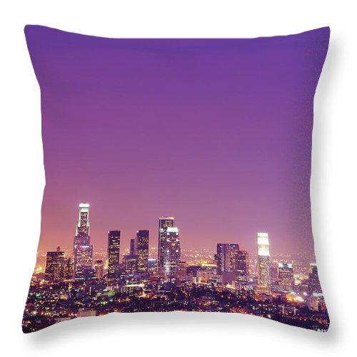 Clear Sky Throw Pillow featuring the photograph Los Angeles At Dusk by Dj Murdok Photos