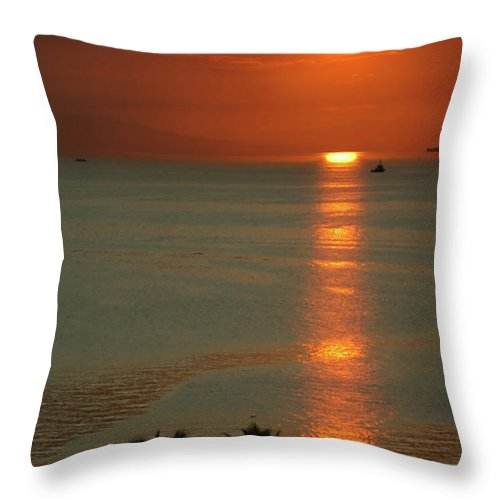 East Throw Pillow featuring the photograph Manila Bay Sunset by Vanwyckexpress