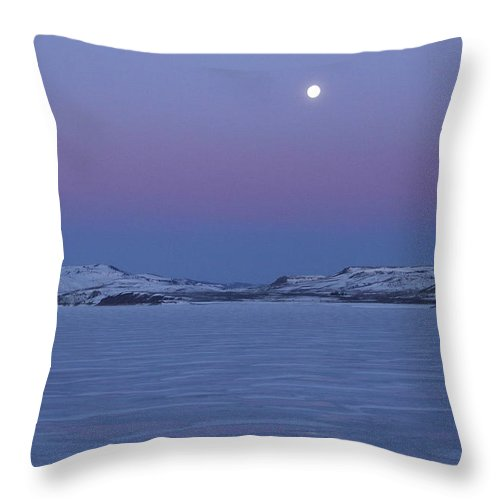 Scenic Throw Pillow featuring the photograph Moonset Over The Gunnison by Marie Leslie
