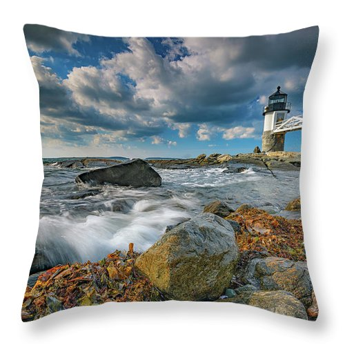 Marshall Point Lighthhouse Throw Pillow featuring the photograph October Morning At Marshall Point by Rick Berk