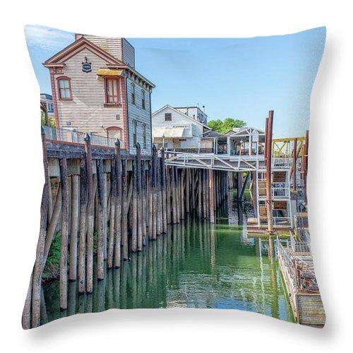 Old Town Sacramento Throw Pillow featuring the photograph Old Sacramento Waterfront by Jim Thompson