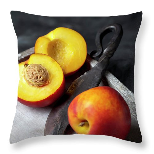 Vitamin Throw Pillow featuring the photograph Peaches With Knife On Tray, Close Up by Westend61