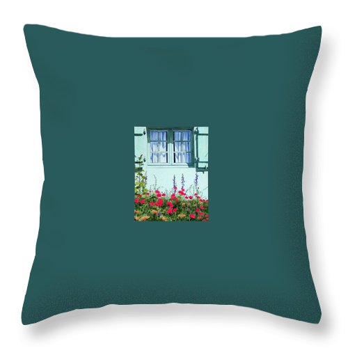 Flowers Throw Pillow featuring the painting Poppies by Constance DRESCHER