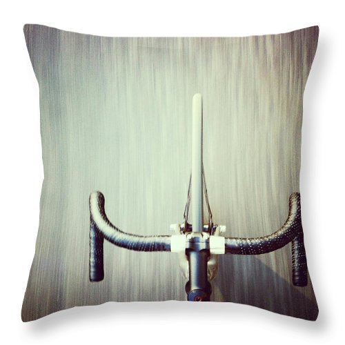 San Francisco Throw Pillow featuring the photograph Riding Bicycle by Joey Celis