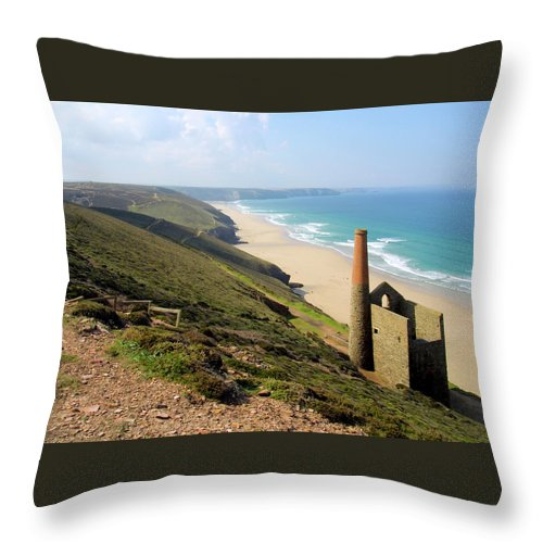 Water's Edge Throw Pillow featuring the photograph Scenic Cornwall - St Agnes Head by Chrisat