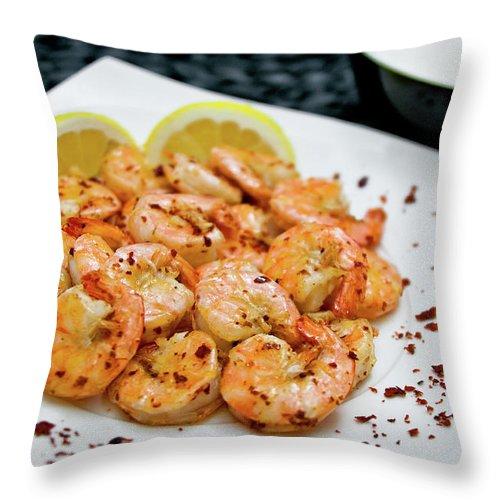 Savory Food Throw Pillow featuring the photograph Shrimps With Chili by Wojciech Wisniewski