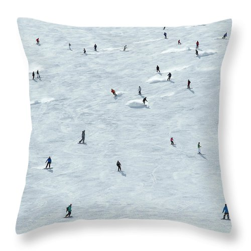 Skiing Throw Pillow featuring the photograph Skiing In Mayrhofen Austria by Mike Harrington