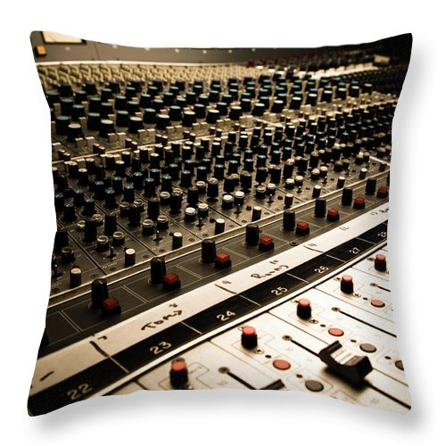Shadow Throw Pillow featuring the photograph Sound Board In Color by Halbergman