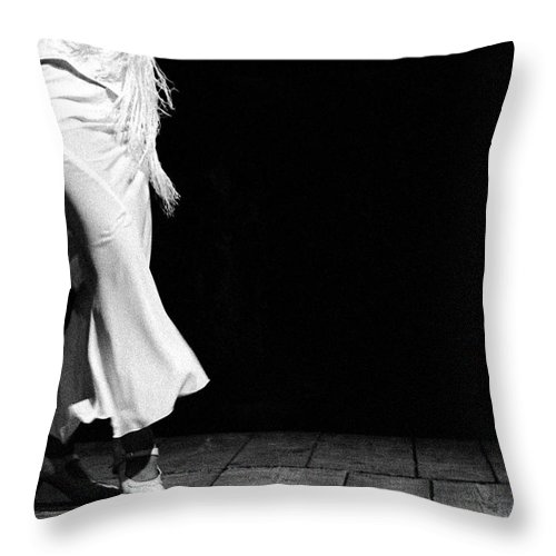 Ballet Dancer Throw Pillow featuring the photograph Starting Flamenco by T-immagini