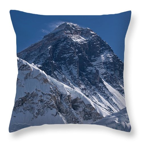 Scenics Throw Pillow featuring the photograph Summit Of Mt Everest8850m Great Details by Diamirstudio