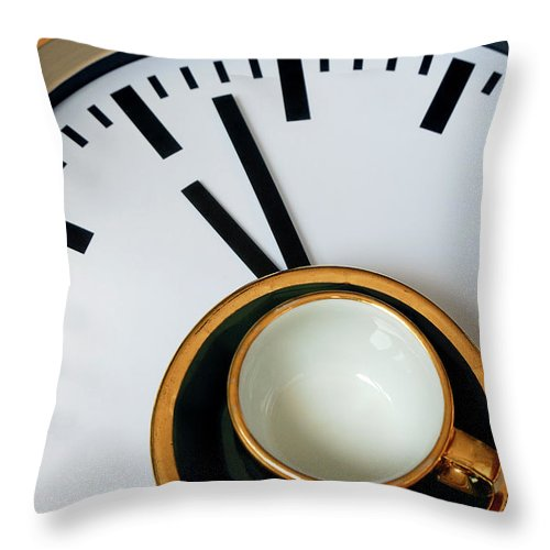 Coffee Throw Pillow featuring the photograph Teacup On A Clock by Eversofine