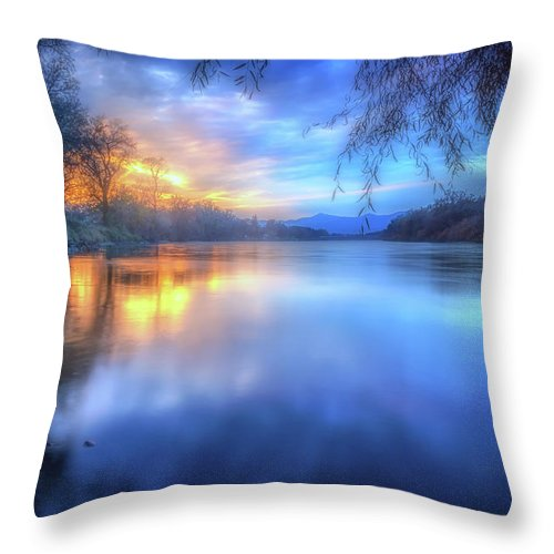 Anderson Throw Pillow featuring the photograph The Last Light Sunset On The Sacramento River by Marnie Patchett