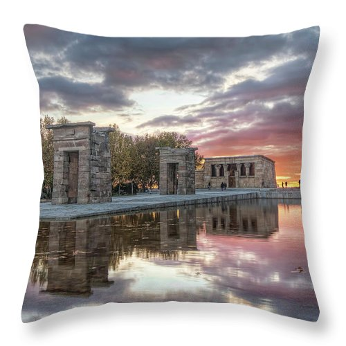 Arch Throw Pillow featuring the photograph The Twilight Of The Gods by Servalpe