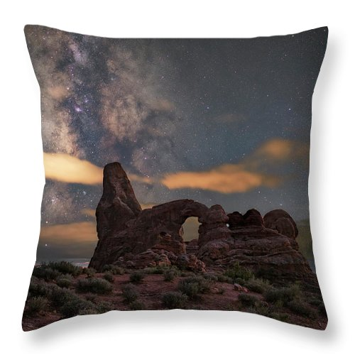 Turret Throw Pillow featuring the photograph Turret Arch by Marybeth Kiczenski
