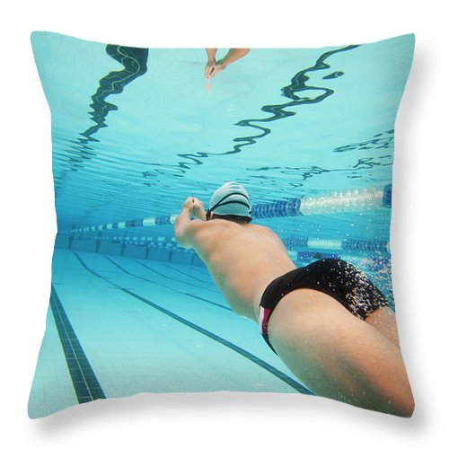 Underwater Throw Pillow featuring the photograph Underwater Swimmer by David Freund