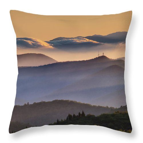 North Carolina Throw Pillow featuring the photograph View Of Frying Pan Mountain by Fine Art Images By Rob Travis Photography