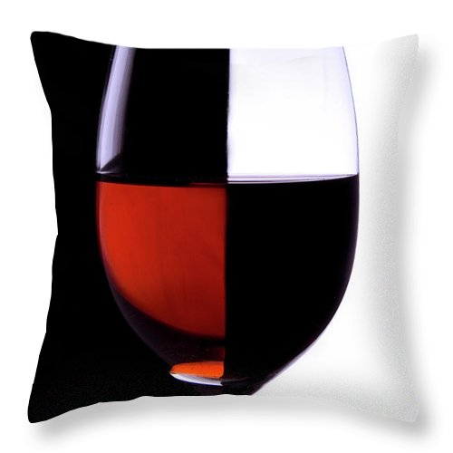 Alcohol Throw Pillow featuring the photograph Wineglass by Portishead1