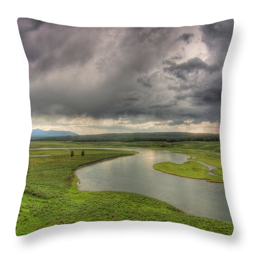 Scenics Throw Pillow featuring the photograph Yellowstone River In Hayden Valley by Kevin A Scherer