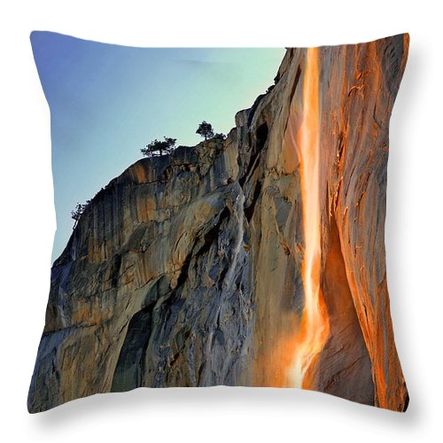 Tranquility Throw Pillow featuring the photograph Yosemite Firefall by Provided By Jp2pix.com