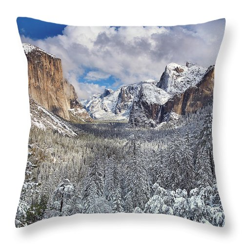 Scenics Throw Pillow featuring the photograph Yosemite Valley In Snow by Www.brianruebphotography.com