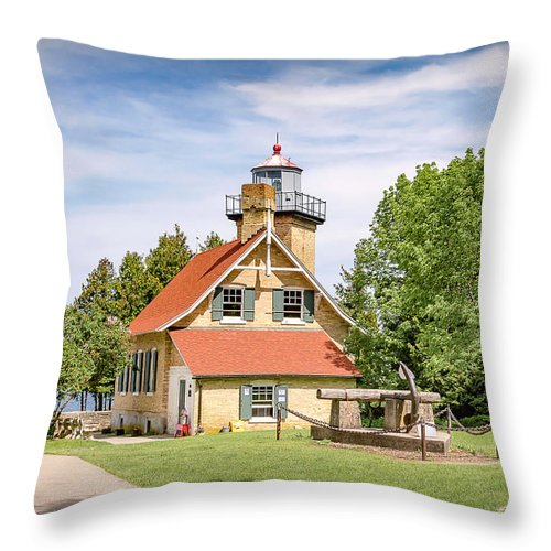 Lighthouse Throw Pillow featuring the photograph 20-0608-0081 by Anthony Roma