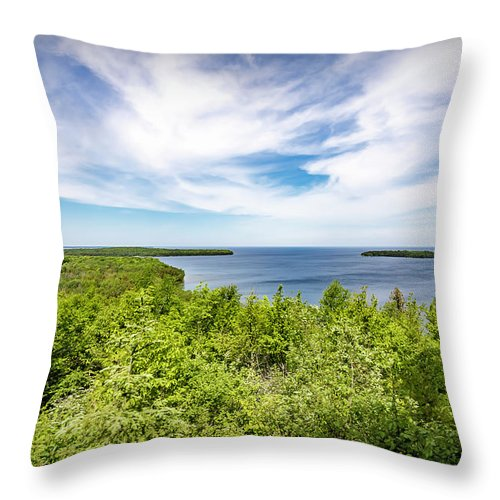 Landscapes Throw Pillow featuring the photograph 20-0608-0093 by Anthony Roma
