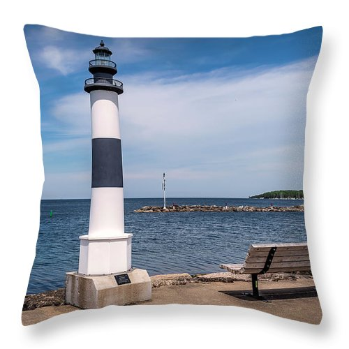 Lighthouse Throw Pillow featuring the photograph 20-0608-0104 by Anthony Roma