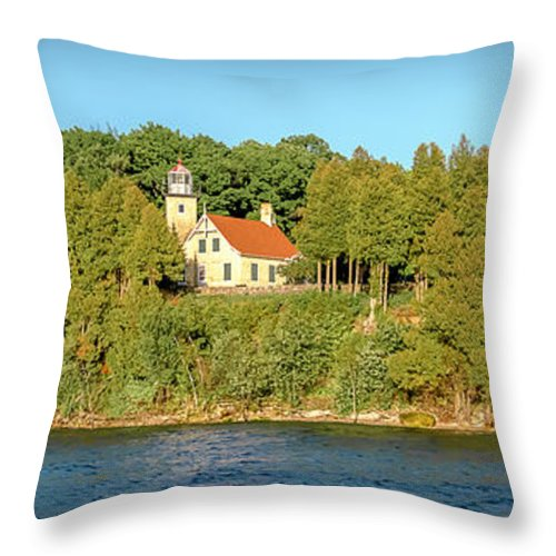 Lighthouse Throw Pillow featuring the photograph 20-0608-0127 by Anthony Roma