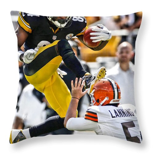 Antonio Brown Throw Pillow featuring the painting Antonio Brown Steelers Art 5 by Joe Hamilton