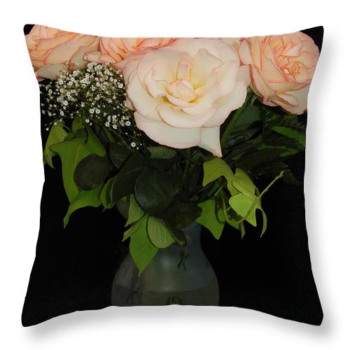 Still Life Throw Pillow featuring the photograph Dixie's Roses by Suzanne Gaff