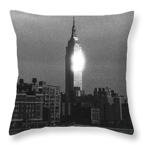 Scenics Throw Pillow featuring the photograph Empire State Building NYC by Steven Huszar