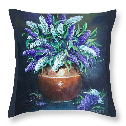 Original Painting Throw Pillow featuring the painting Lilac by Sinisa Saratlic