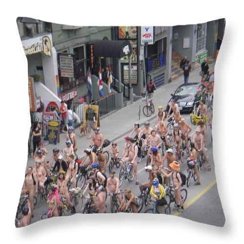 Bike Throw Pillow featuring the photograph Naked Bike Parade by J Andrel