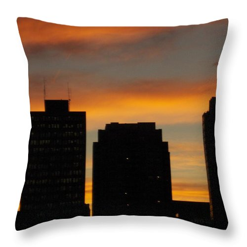 Jandrel Throw Pillow featuring the photograph Toronto Skies by J Andrel