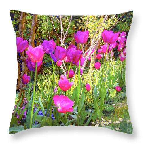 Floral Throw Pillow featuring the painting Tulip Beauty by Jane Small
