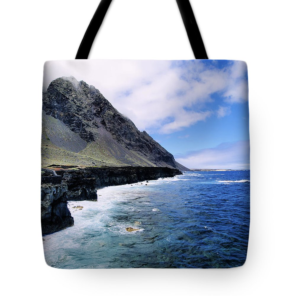 Coastline Tote Bag featuring the photograph Hierro by Karol Kozlowski