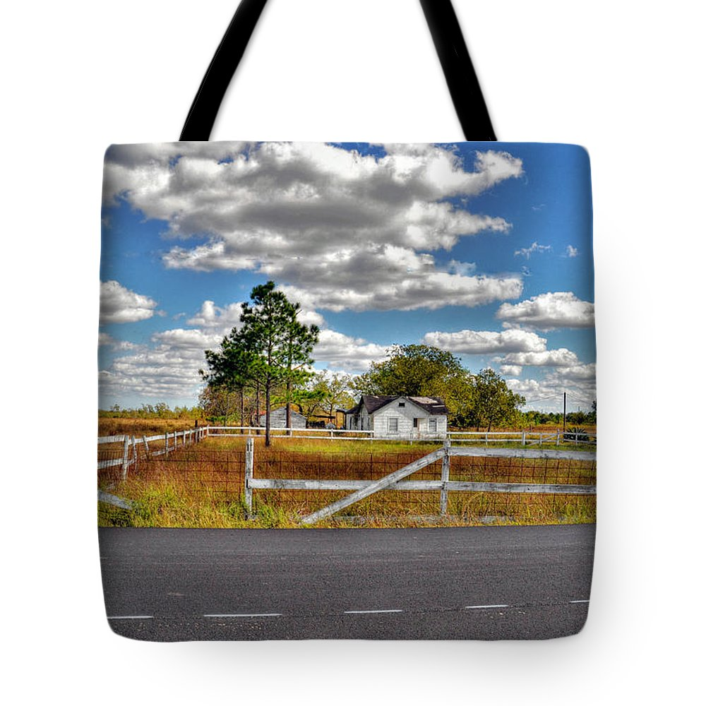 Abandoned Tote Bag featuring the photograph Texas by Savannah Gibbs