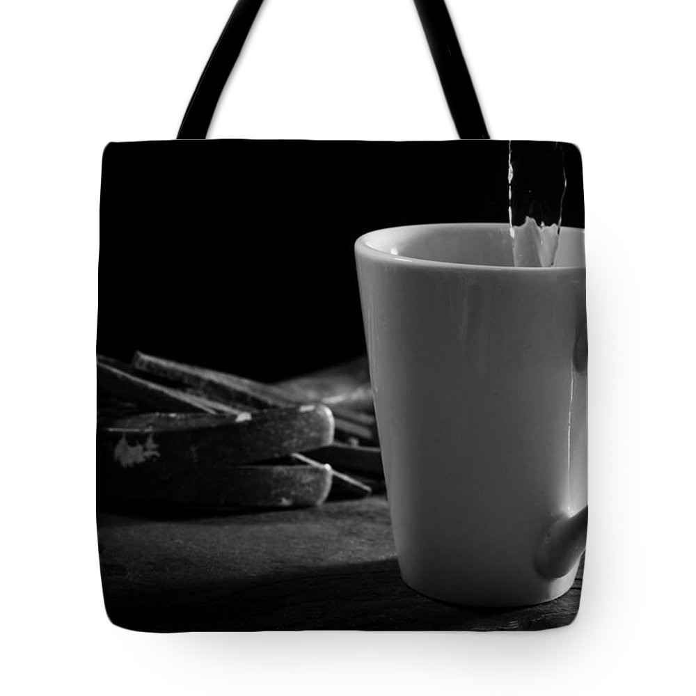 Pouring Tote Bag featuring the photograph Workman's Coffee Break by Donald Erickson