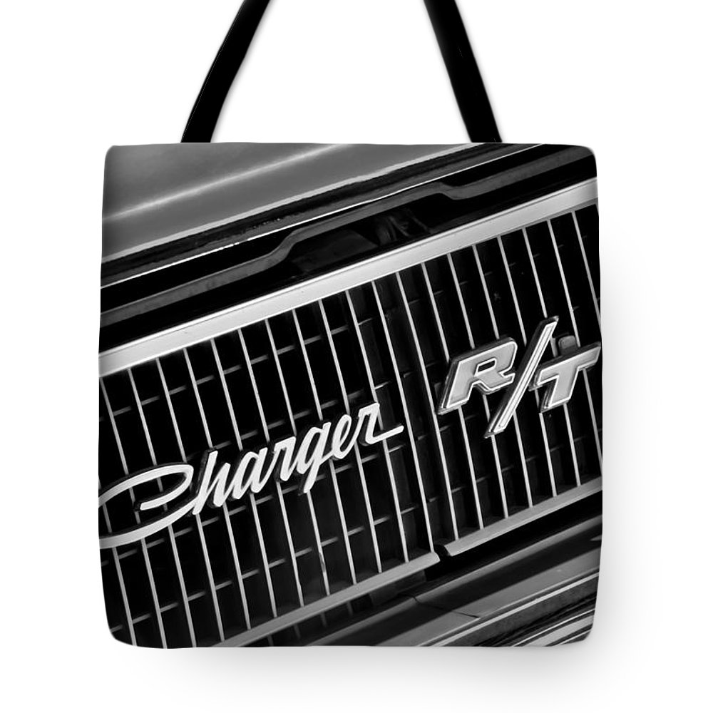 1968 Dodge Charger Rt Coupe 426 Hemi Upgrade Grille Emblem Tote Bag White Featuring The Photograph