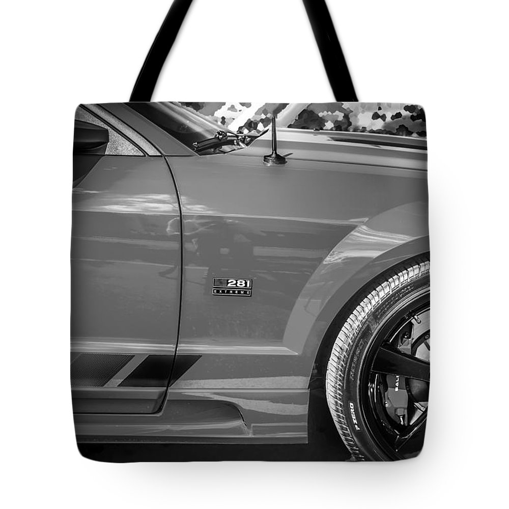2006 Ford Mustang Tote Bag featuring the photograph 2006 Ford Saleen Mustang Bw by Rich Franco