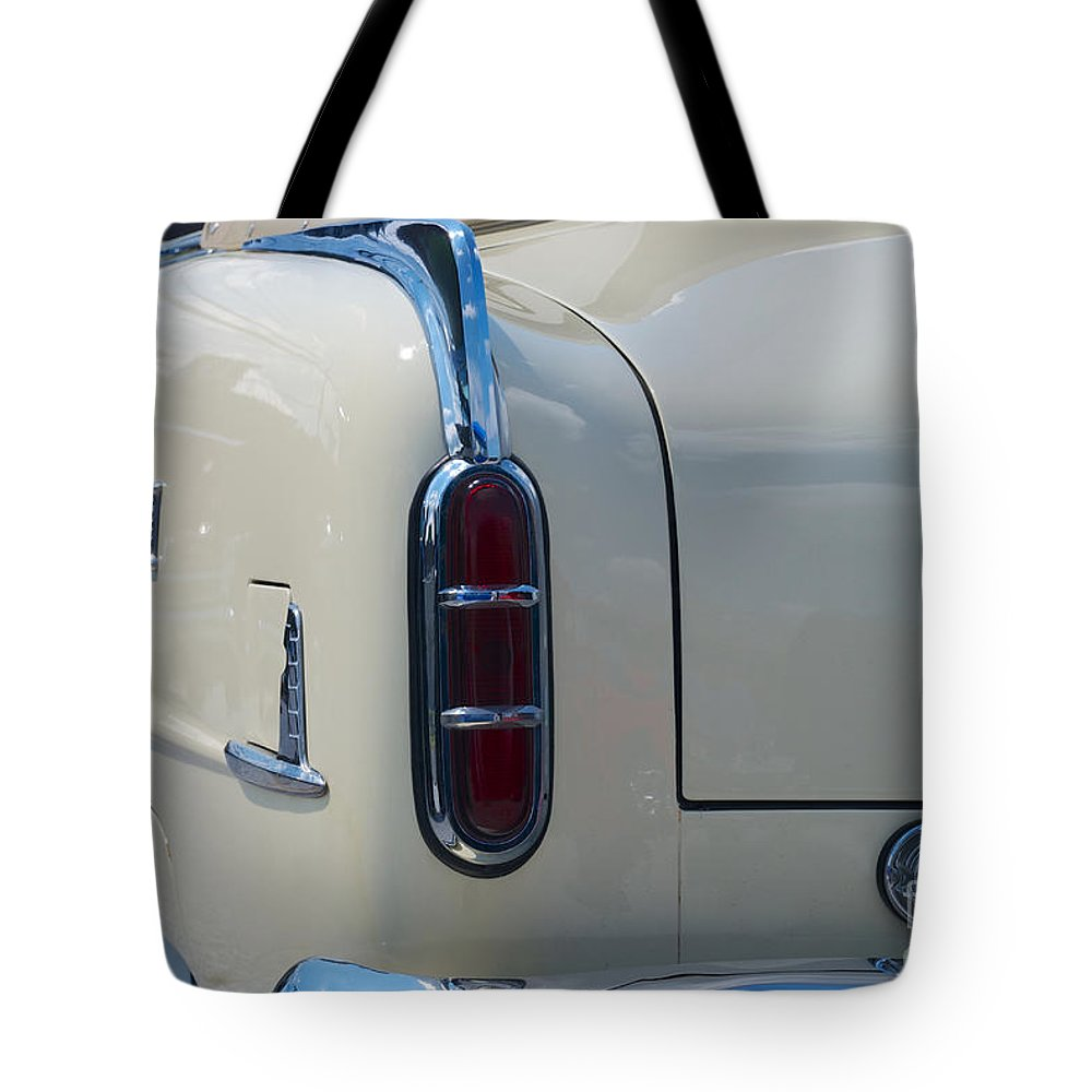 Car Tote Bag featuring the photograph 52 Packard Convertible Tail by Mark Dodd