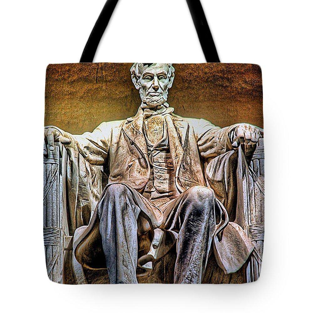 Abraham Lincoln Photographs Mixed Media Tote Bag featuring the mixed media Abraham Lincoln by Marvin Blaine