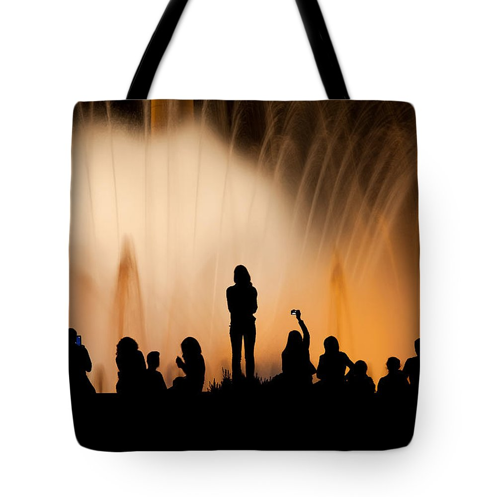 Barcelona Tote Bag featuring the photograph Barcelona By Night by Artur Bogacki