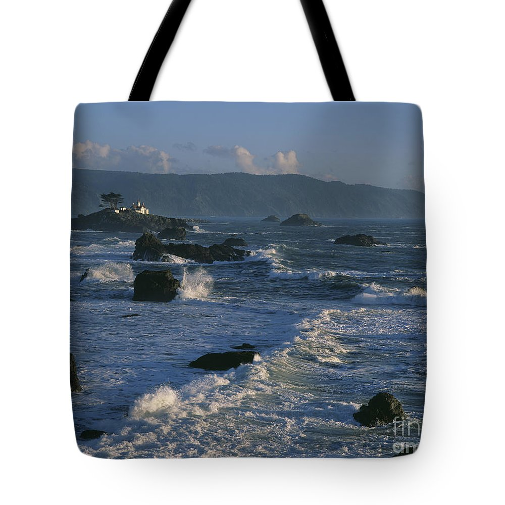 Battery Point Lighthouse Tote Bag featuring the photograph Battery Point Lighthouse At Sunset by Jim Corwin