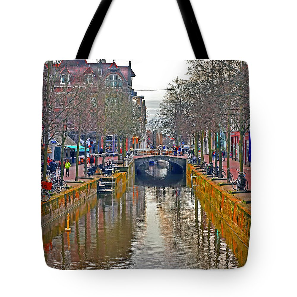 Travel Tote Bag featuring the photograph Canal Of Delft by Elvis Vaughn