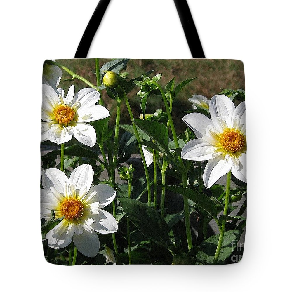 Dahlia Tote Bag featuring the painting Dahlia Named Alpen Cherub by J McCombie